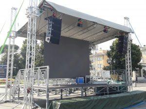 Noleggio tettoie palchi e coperture a Padova - Viola Production Srl