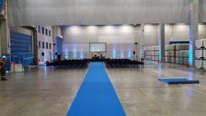 Allestimento per festa anniversario aziendale - service audio, luci e video per eventi - Padova